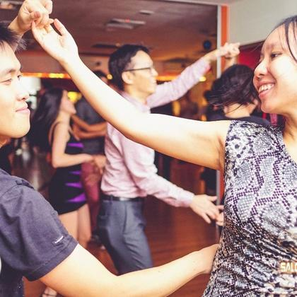 Salsa LA Style Beginners Course
