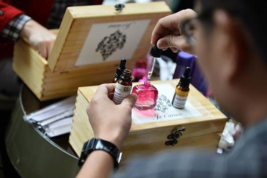 Couple workshop) Create a Unique Scent that matches your Personality: Perfume  Workshop - Perfume Workshops in Singapore - LessonsGoWhere
