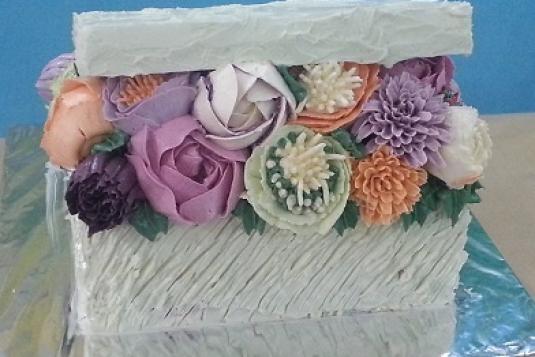 Buttercream Flower Cake Box Class - Cake Baking Classes in ...