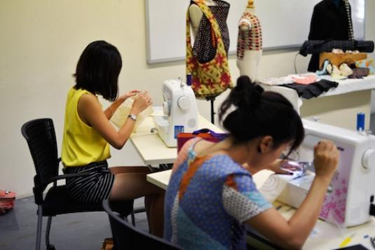 Introduction to sewing machine fashion fs