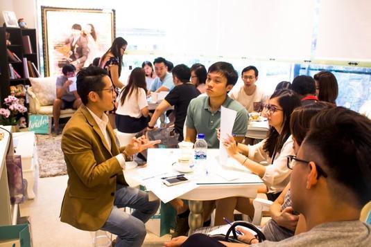 Dating jobs singapore