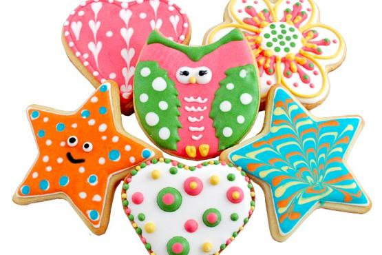 closed spring into cookie decorating