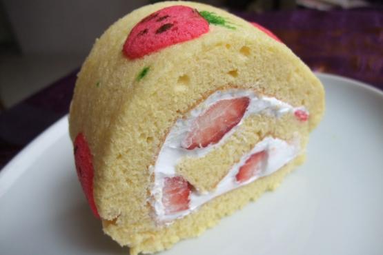 Strawberry Roll Cake Japanese Recipe: Japanese Swiss Roll Class